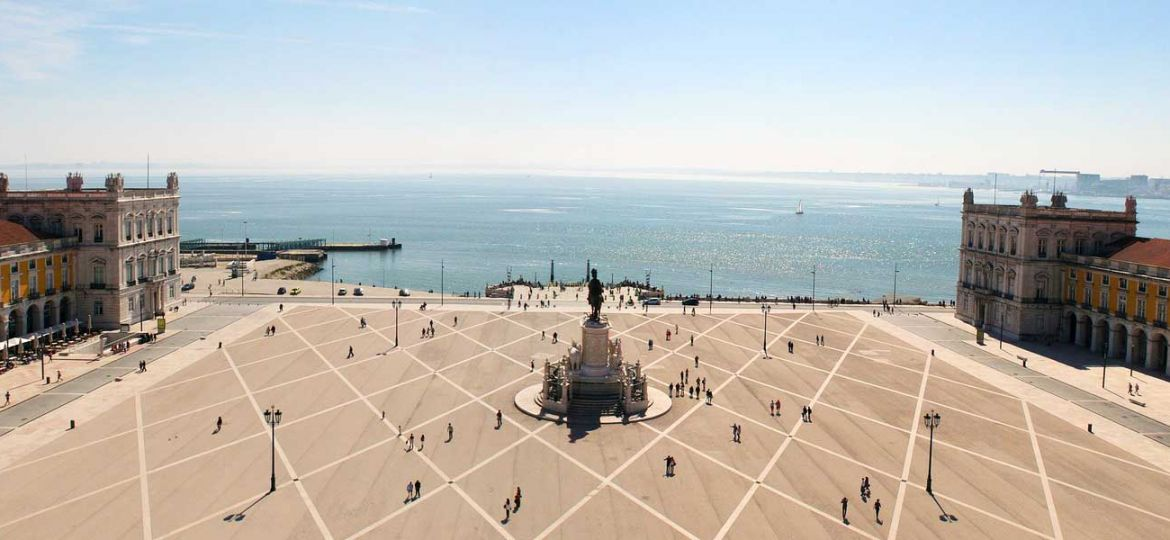Lisbon 3 day itinerary - shows Lisbon's main square and old ceremony port