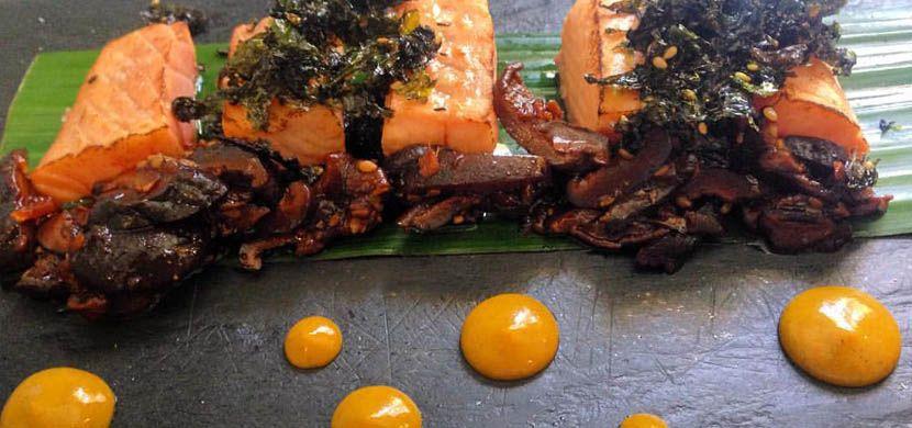 La Cholita restaurant - Shows a fine dining dish