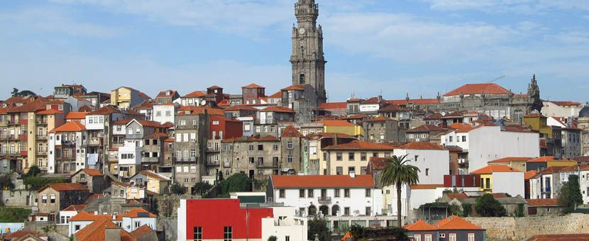 3 days in Porto - Shows an overhead view of Porto's buildings and streets