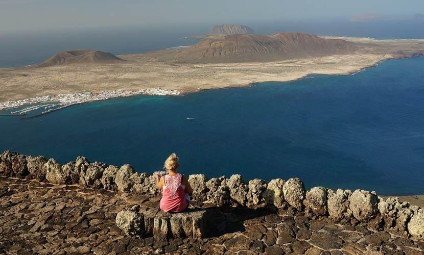 Spanish holiday island comparison - Lanzarote