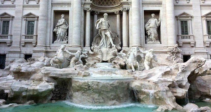 Rome 3 day itinerary - Trevi Fountain
