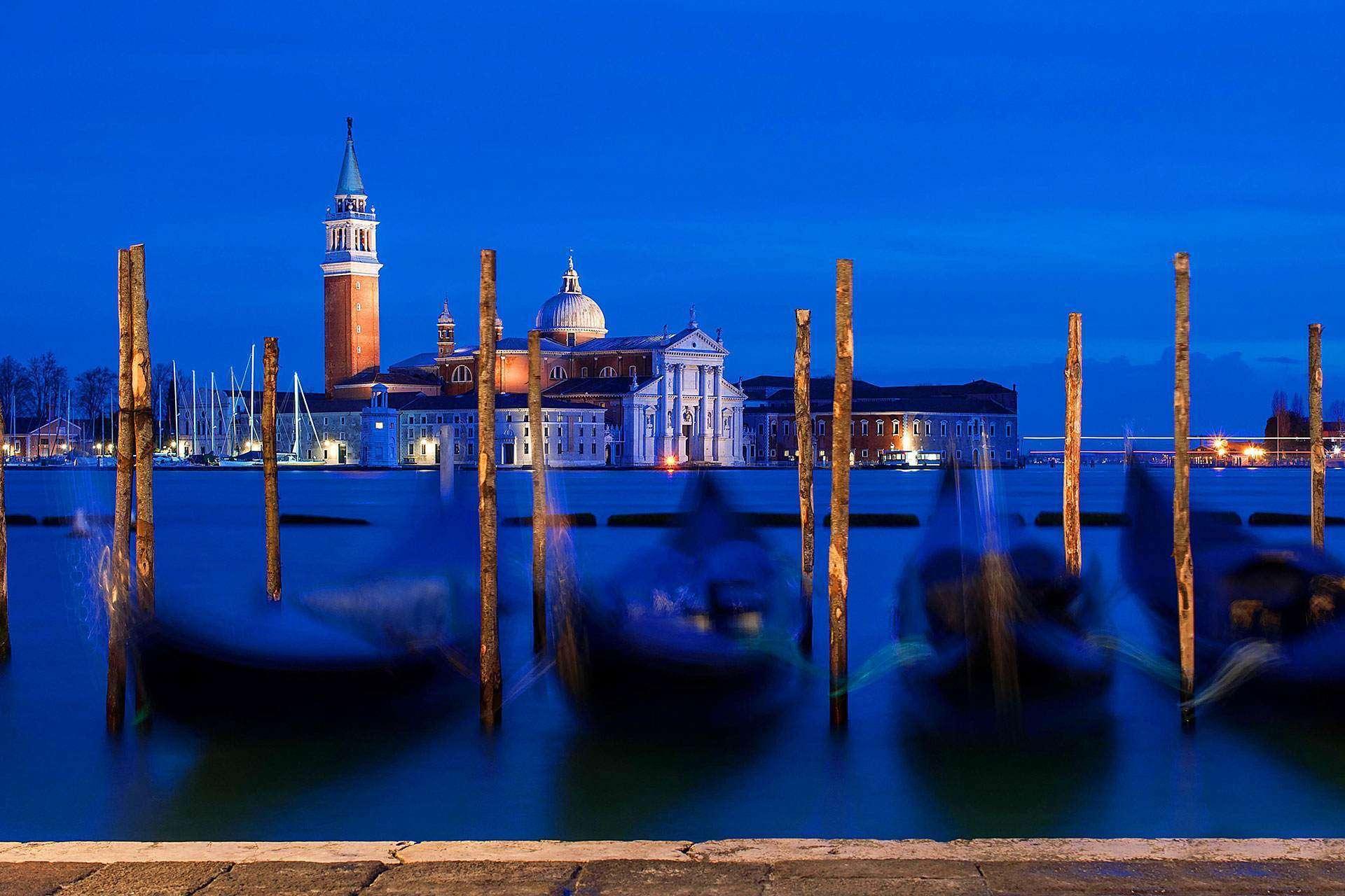 Cheap Venice Hostels - Al Piccolo outdoor view