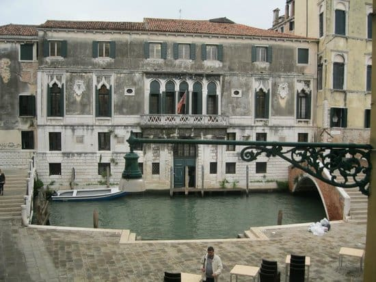 Cheap Venice Hotels - Locanda Sant'Agostin outside view