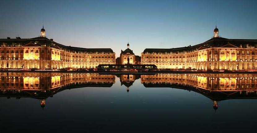 Bordeaux 3 day itinerary - water mirror
