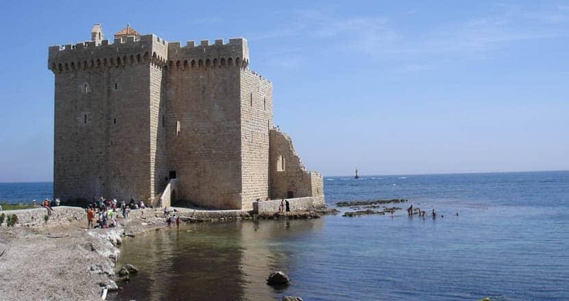 Ile Sainte Honorat castle - 2 days in Cannes