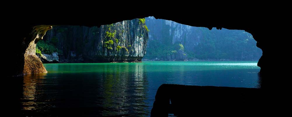 Halong Bay cruise booking tips - shows a cave