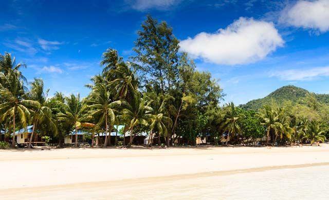 Shows a beach on Ko Tao island
