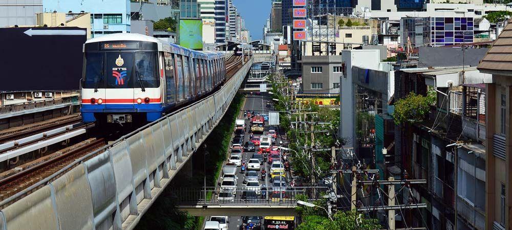 Thailand Travel Tips - Shows the Bangkok metro service
