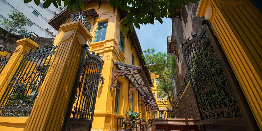 Ngon Villa Restaurant exterior