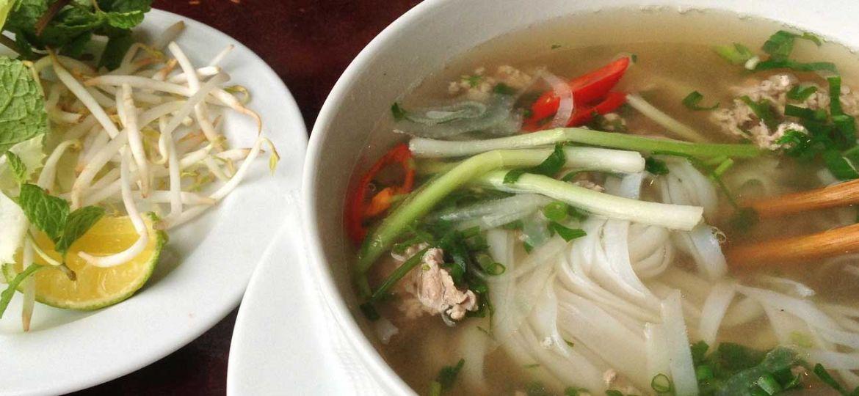 Hanoi restaurant and street food guide