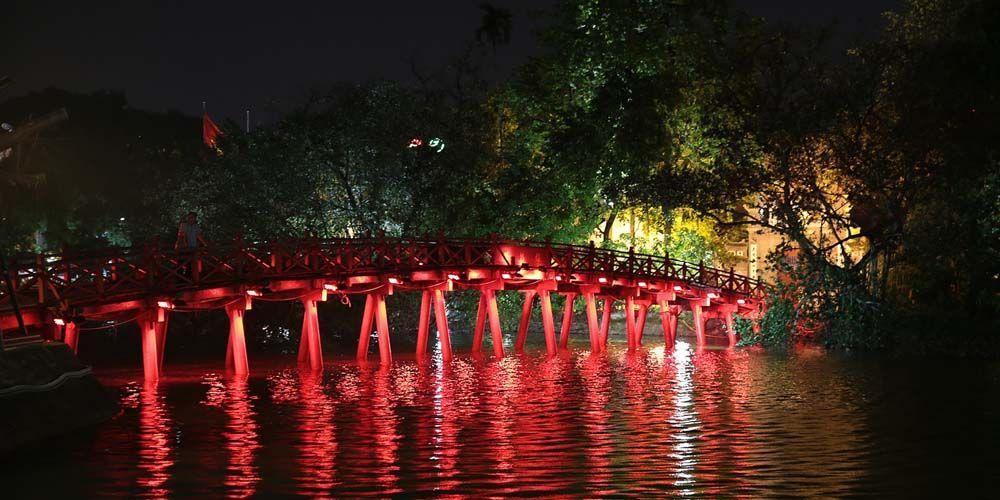 Hanoi 2 day itinerary - Shows the Japanese bridge at night