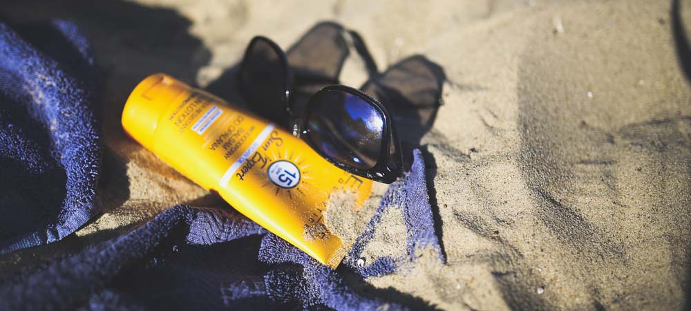 Holiday packing list - beach essentials