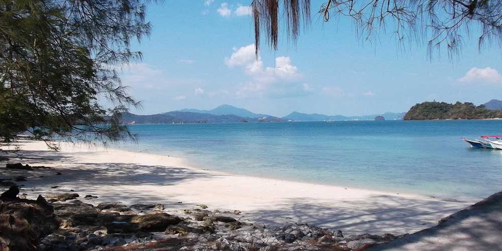 Shows a remote beach in Langkawi