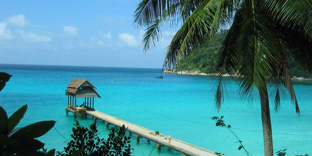 2 weeks in Malaysia - Shows a beach pier on the Perhentian Islands
