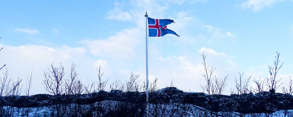 Iceland 3 day itinerary - Shows the Icelandic flag