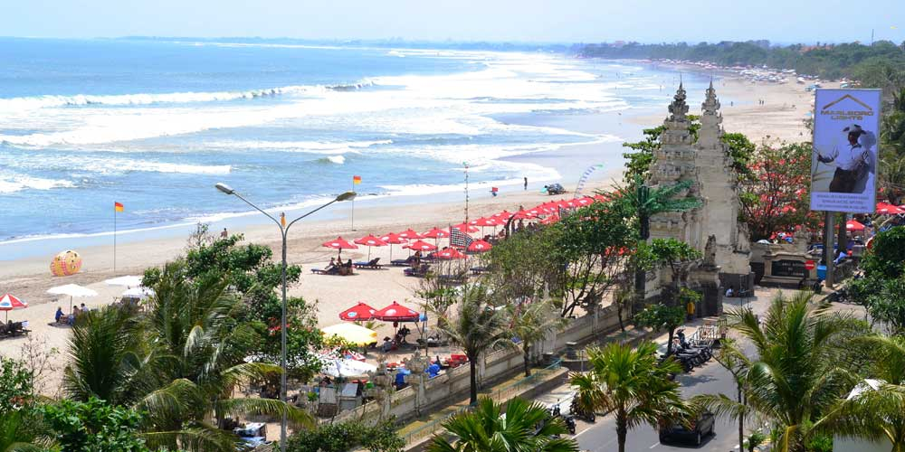 Best places to stay in Bali - Shows the main beach in Kuta, Bali