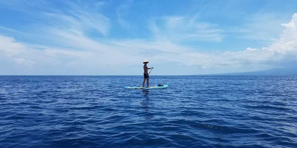 Paddle boarding in Gili Trawangan - Things to do on Gili T