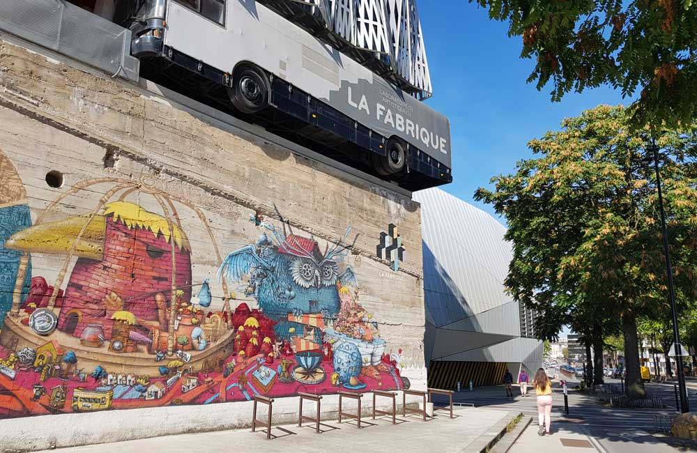 Nantes Travel Guide - Shows wall art on a street corner