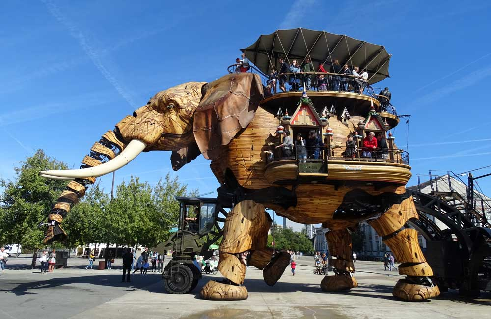 Nantes travel guide and visitor tips - shows mechanical elephant