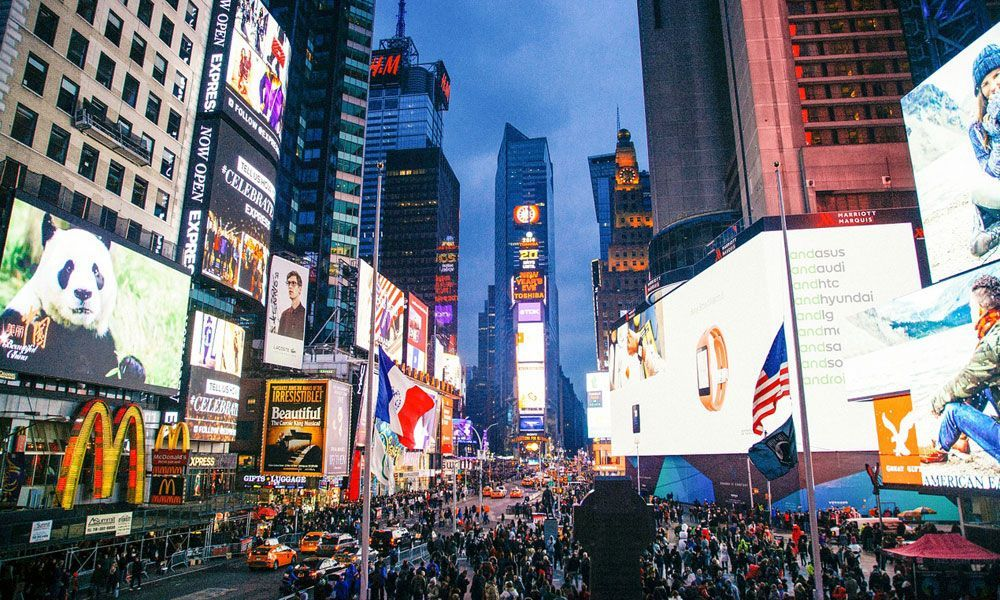 Where to go for new years eve - Shows Times Square on NYE