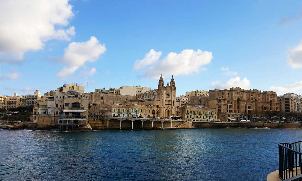 The Best place to stay in Malta - Shows Sliema harbour