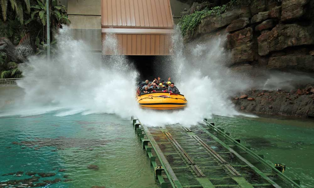 Depicts Universal Orlando Jurassic Park ride making a splash - 2 weeks in Orlando