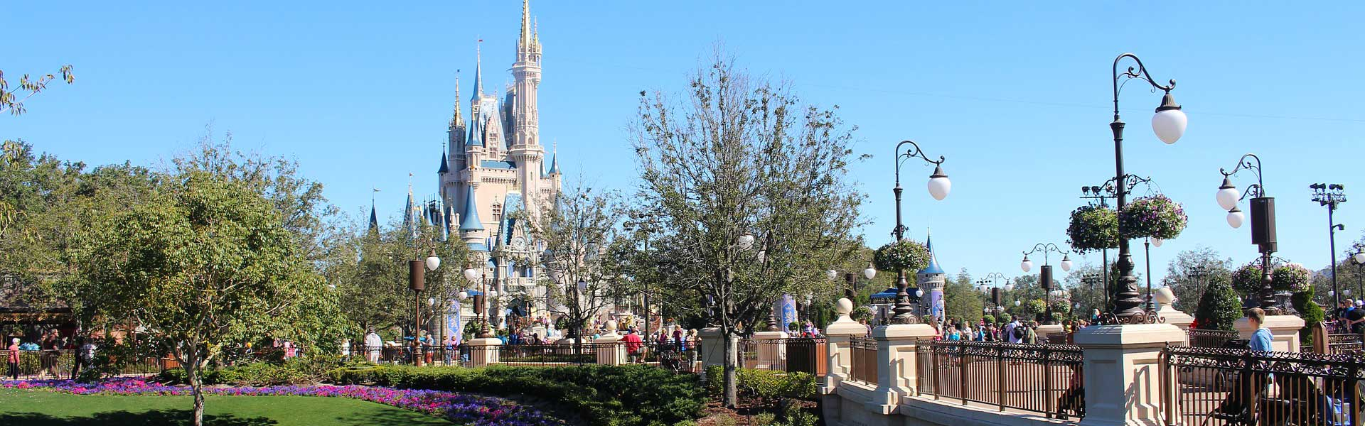 Shows Magic Kingdom castle - Orlando 2 week itinerary ideas