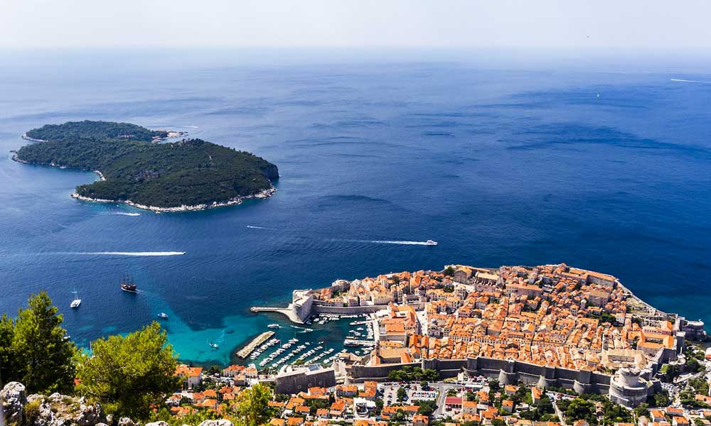 May beach holiday ideas - depicts Dubrovnik city from above