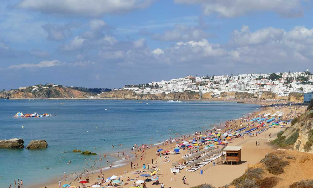 How to get from Lisbon to Faro - Faro to Lisbon - Shows Albufeira beach