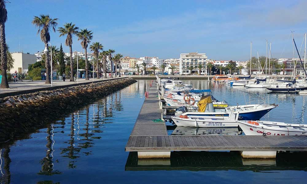 2 weeks in Portugal itinerary - Shows Albufeira marina boats