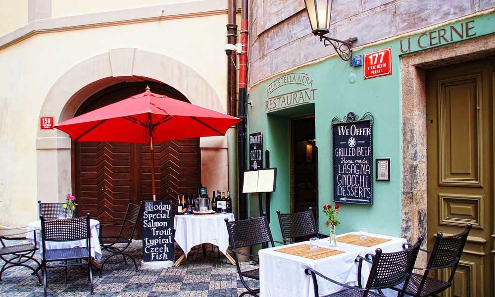 Prague-FAQ-guide-restaurants