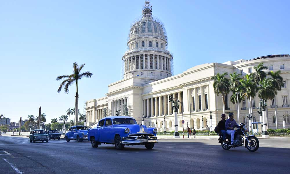 Shows Cuba government building - Where to go on holiday in August