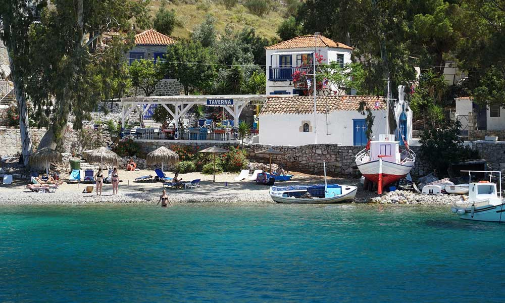 Shows Hydros Island, Greece - Affordable beach holidays in August