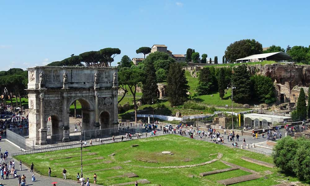 Shows Roman ruins and gardens - Things to do in a day in Rome
