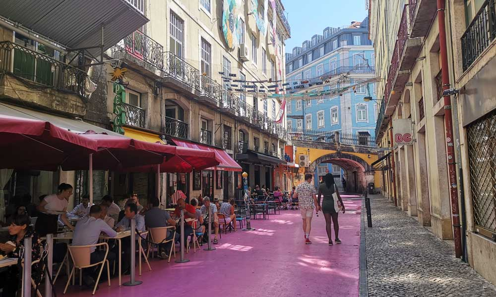 Shows Pink Street Cais do Sobre in Lisbon - Top things to do in Lisbon