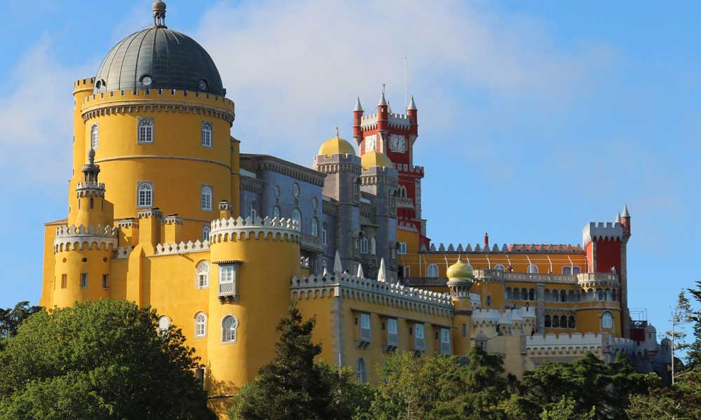 Portugal road trip guide - Shows Pena Palace in Sintra