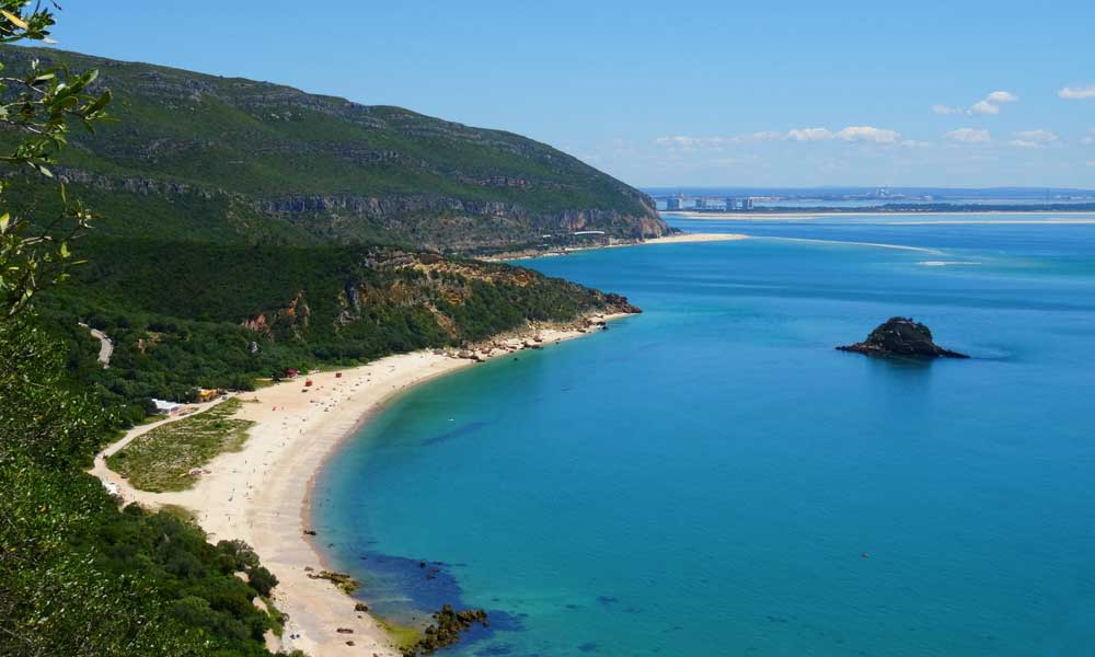 Shows the picturesque Porrinho beach near Lisbon