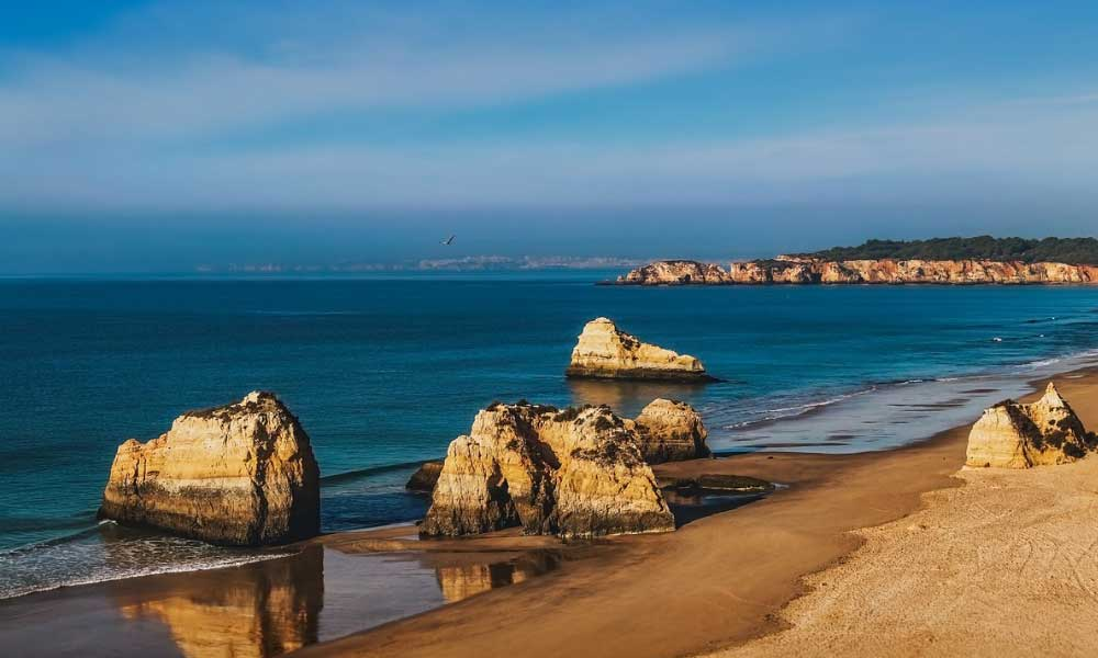 How to get from Lisbon to Lagos - shows Lagos beaches