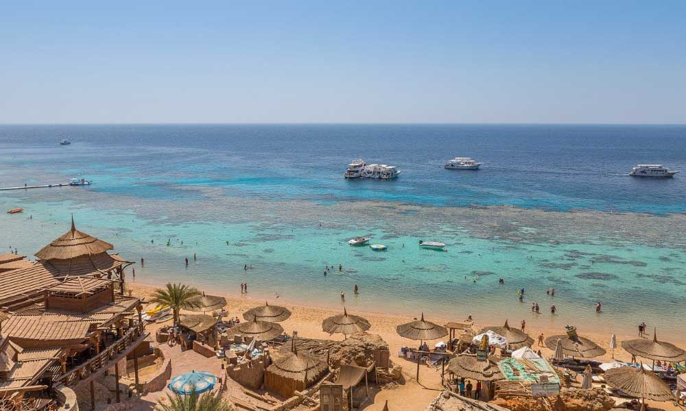 Shows a beach lagoon in Egypt - Cheap countries to go on holiday around the world