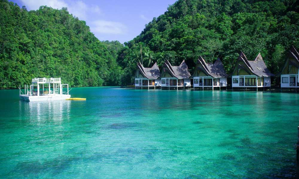 Shows a blue lagoon on Palawan island