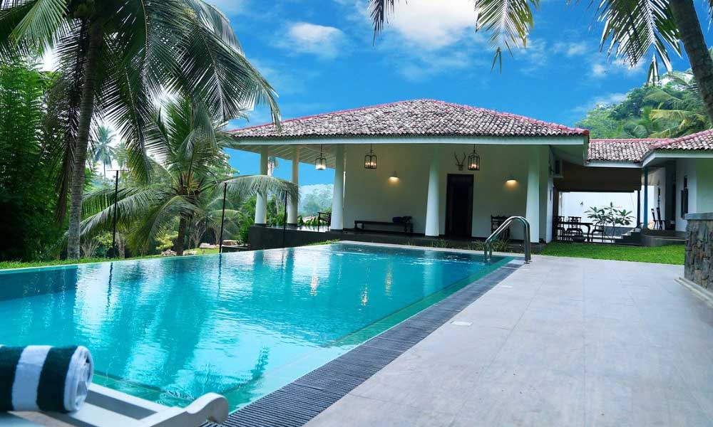 Cheap honeymoon destinations - Shows a luxury villa in Sri Lanka