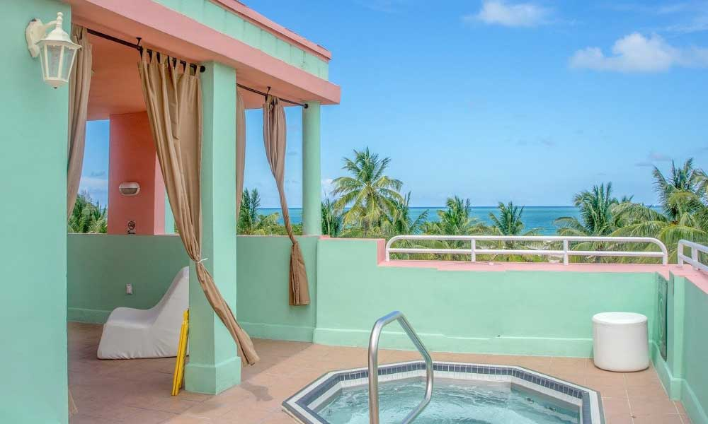 Honeymoon money saving tips - Shows a private villa with hot tub