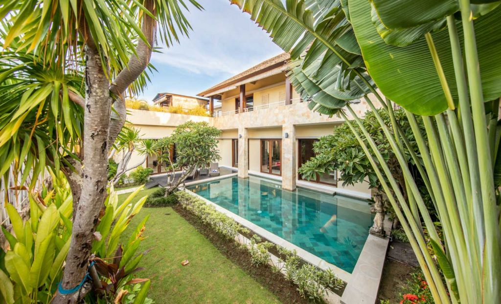Best group holiday destinations - Depicts a private villa with a pool in Bali