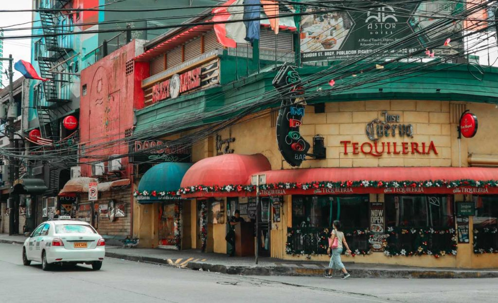 Poblacion neighbourhood streets - Layover in Manila