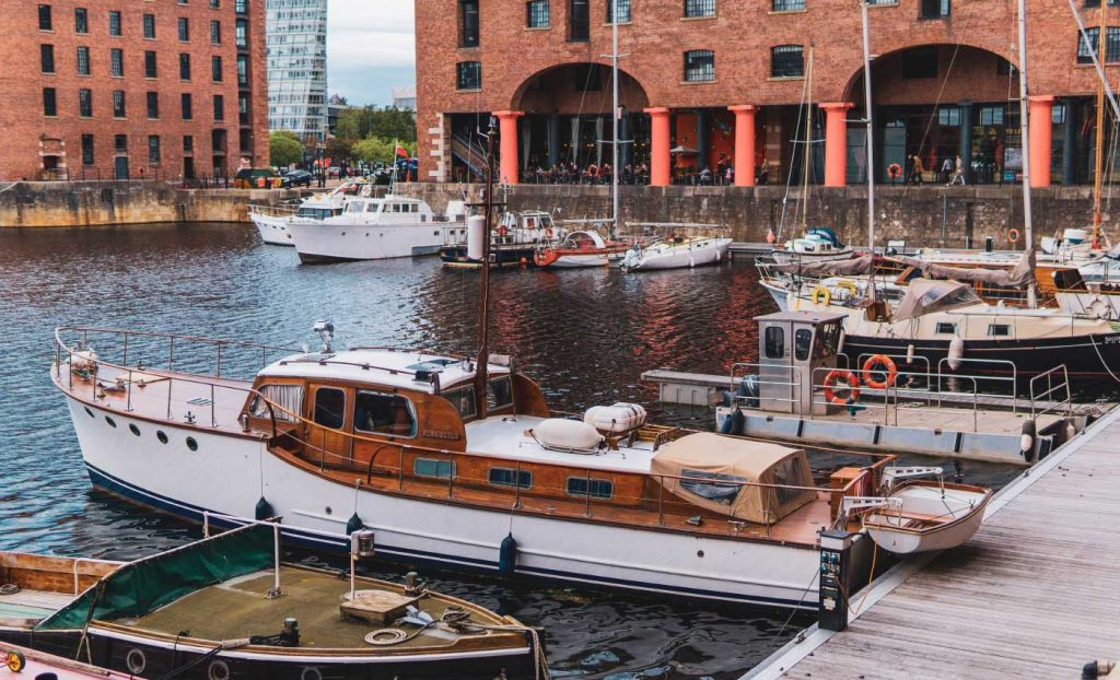 Shows Liverpool docks - Cheap UK holiday ideas