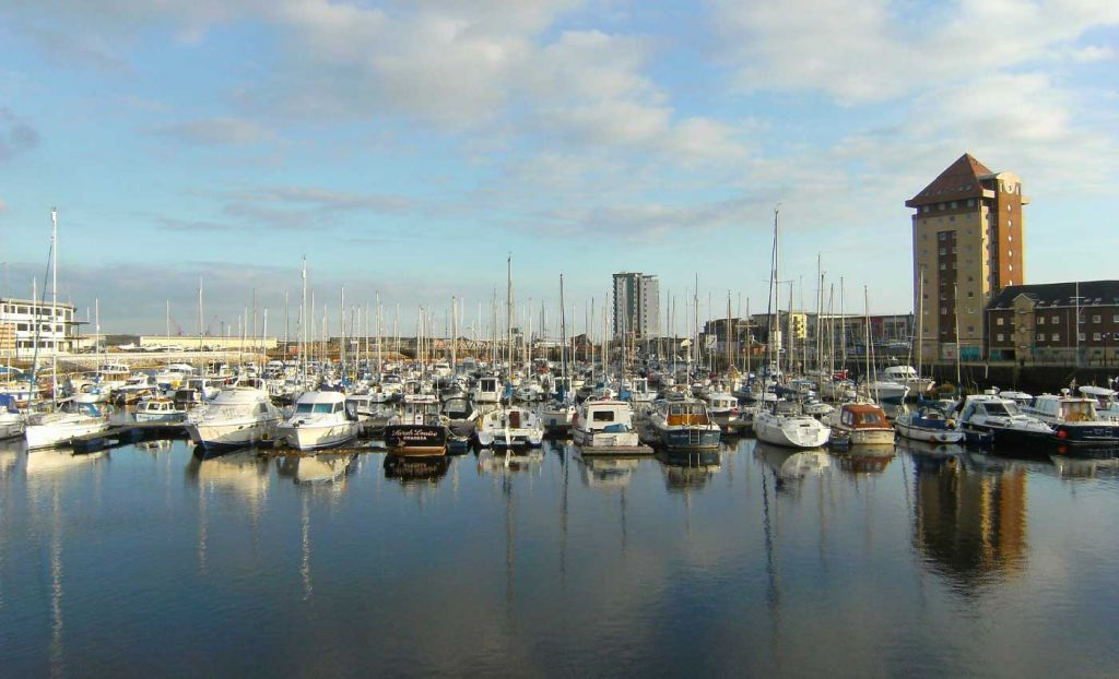 Cheap places to visit in the UK - Swansea marina