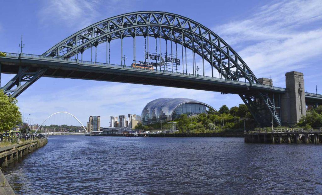 Bridges of the River Tyne in Newcastle - 3 week UK itinerary