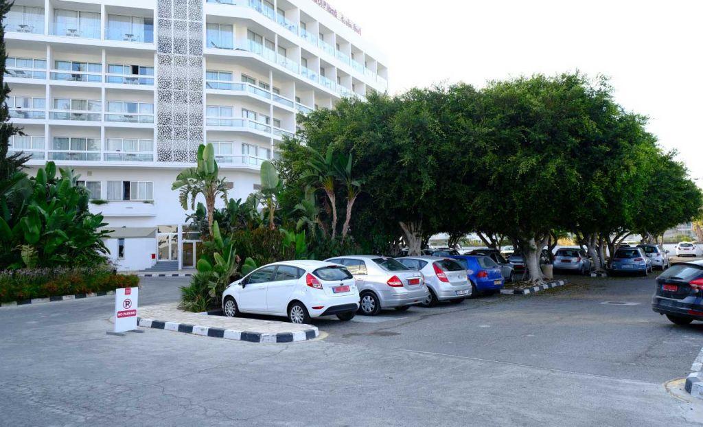 Leonardo Plaza Cypria Hotel Car Park