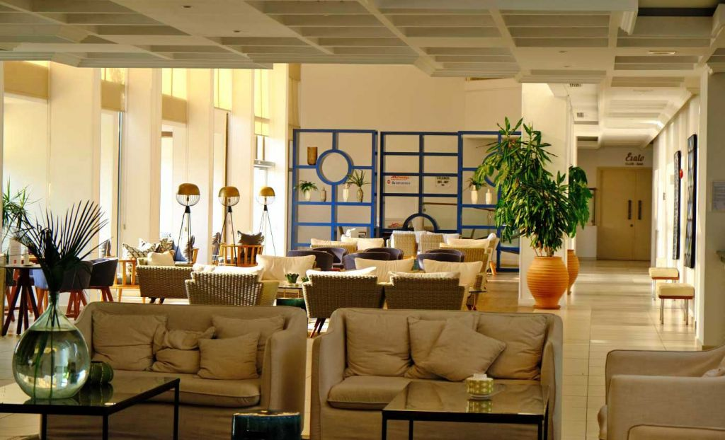 Shows lobby and relaxation area of the Leonardo Plaza Cypria Hotel