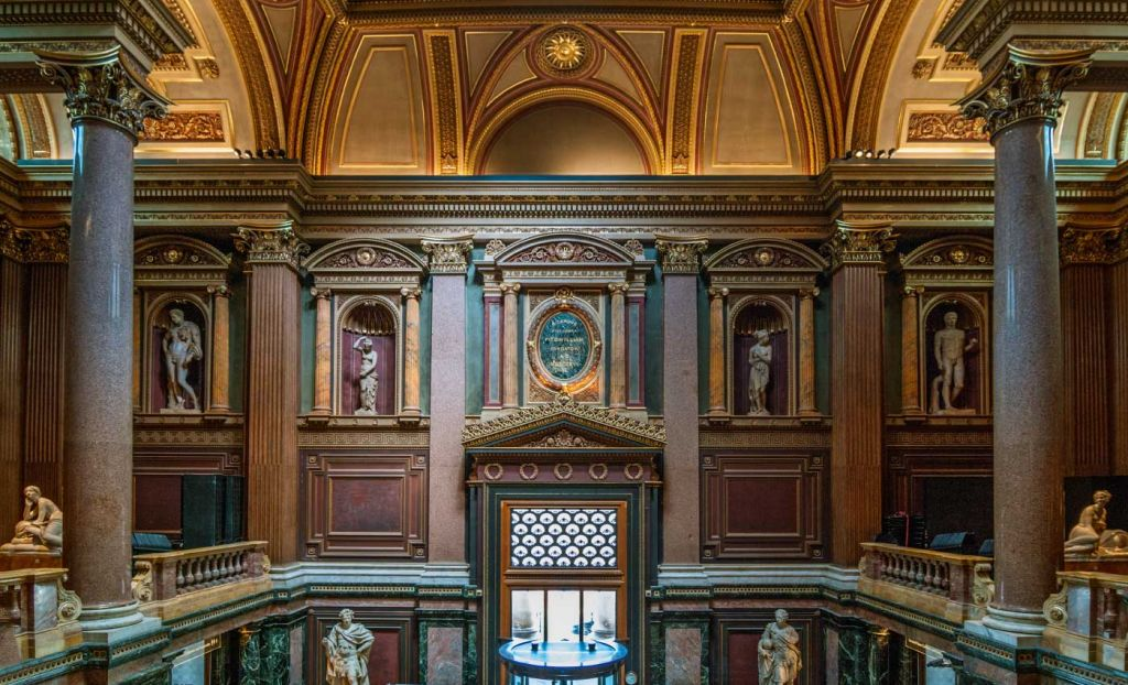 Best things to do in Cambridge - Interior of the Fitzwilliam Museum